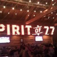Das Foto wurde bei Spirit of 77 von Ruandy A. am 4/14/2012 aufgenommen
