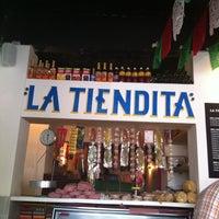 Das Foto wurde bei Surtidora Don Batiz von Ariela S. am 9/25/2011 aufgenommen