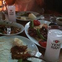 Снимок сделан в Cunda Balık Restaurant пользователем Erkan G. 8/1/2012