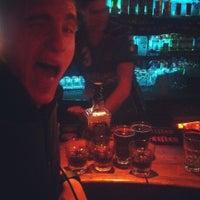 Снимок сделан в Papa's Bar & Grill пользователем Pavel E. 7/16/2012