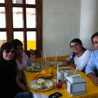 5/2/2012에 Leo G.님이 La Calle Restaurante에서 찍은 사진