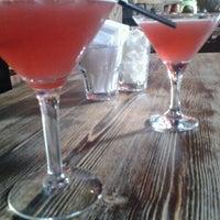 รูปภาพถ่ายที่ Bar Cocktail โดย Евгения С. เมื่อ 6/2/2012
