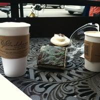Das Foto wurde bei Goddess and Grocer von Sinem E. am 8/15/2012 aufgenommen