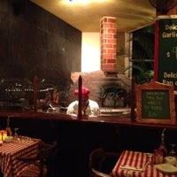 Foto scattata a Rino's Ristorante & Paninoteca da Joe D. il 4/18/2012
