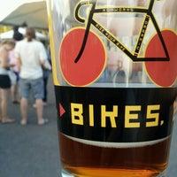 Foto scattata a Hopworks Urban Brewery da Rachel il 8/12/2012