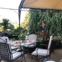 Foto scattata a Il Palagio at Four Seasons Hotel Firenze da Mona A. il 8/23/2018