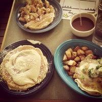 Photo prise au Winona's Restaurant par Keith I. le3/16/2013