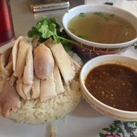 Das Foto wurde bei Nong's Khao Man Gai von jess c. am 1/21/2015 aufgenommen
