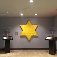 Foto tomada en The Jewish Museum por Sonya R. el 1/11/2013