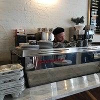 Das Foto wurde bei Variety Coffee Roasters von Long C. am 2/13/2018 aufgenommen