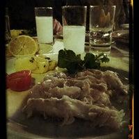 1/30/2013 tarihinde HaRuNziyaretçi tarafından Akıntı Burnu Restaurant'de çekilen fotoğraf