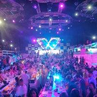 Foto diambil di White Beirut oleh Joubran A. pada 6/21/2013