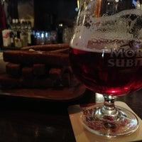 Photo prise au Bobby Dazzler Pub par Natalia K. le5/5/2013