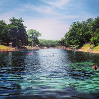 Photo prise au Barton Springs Pool par Andrew C. le7/26/2013