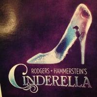 Foto tirada no(a) Cinderella on Broadway por Cindi S. em 6/6/2013