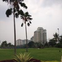 Foto diambil di Pondok Indah Golf & Country Club oleh Eko F. pada 10/26/2012