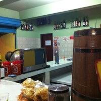 Foto tirada no(a) Bar do Urso - Pinheiros por Affonso em 10/30/2013