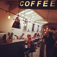 Foto scattata a TAP Coffee No. 193 da Dominic W. il 9/26/2013