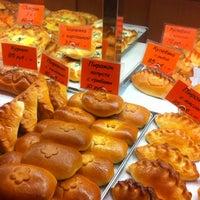 Снимок сделан в Пекарня пользователем Сергей Б. 10/27/2012