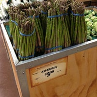 Photo taken at Sprouts Farmers Market by Jenn A. on 8/11/2013