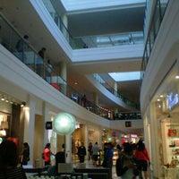 1/15/2013 tarihinde Cathy T.ziyaretçi tarafından Glorietta'de çekilen fotoğraf