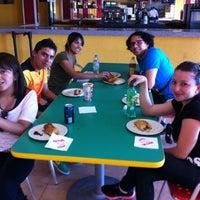 Foto tomada en Pastes El Duque por Carlos M. el 10/26/2012
