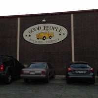 Foto tomada en Good People Brewing Company  por Leil K. el 11/16/2012