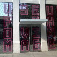 Снимок сделан в Museum of the Moving Image пользователем Mikey B. 7/5/2013