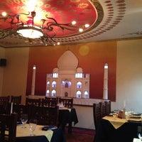 รูปภาพถ่ายที่ Tandoor โดย Dmitrij P. เมื่อ 11/2/2012