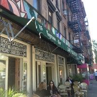 5/2/2013 tarihinde Felipe L.ziyaretçi tarafından Cafe Pick Me Up'de çekilen fotoğraf