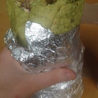 3/5/2014 tarihinde Chelsea M.ziyaretçi tarafından Bandit Burrito'de çekilen fotoğraf