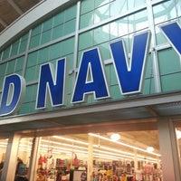 4f20742ea28 ... Foto tirada no(a) Old Navy por FaajooRa A. em 8 4 ...