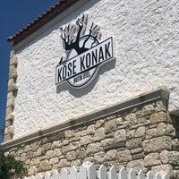 Das Foto wurde bei Köşe Konak Alaçatı von duygubeyza .. am 5/13/2018 aufgenommen