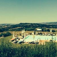 รูปภาพถ่ายที่ Saturnia Tuscany Hotel โดย Mattia C. เมื่อ 6/30/2013