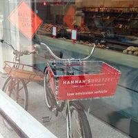 11/3/2012 tarihinde James J.ziyaretçi tarafından Hannah's Bretzel'de çekilen fotoğraf
