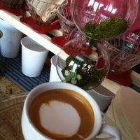 3/22/2013에 Schlomo R.님이 CoffeeShop에서 찍은 사진