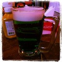 Foto tirada no(a) Buddies Burger & Beer por Daniel M. em 3/17/2013