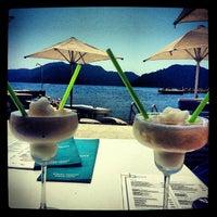 7/16/2013 tarihinde ERKAN K.ziyaretçi tarafından Palace Beach Club'de çekilen fotoğraf
