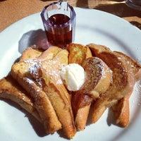 Foto tirada no(a) Denica's Real Food Kitchen por Shannon M. em 3/10/2013