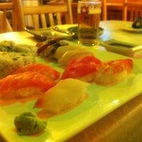 Foto scattata a Hanabi Sushi Bar da Luis A. il 9/21/2012