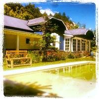 Foto tomada en La Casa de Eugenia Hosteria por Agustin R. el 11/26/2012