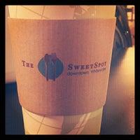 11/8/2012 tarihinde Kayla K.ziyaretçi tarafından The SweetSpot'de çekilen fotoğraf