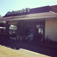 Foto tomada en McDonald's por Fernando B. el 5/11/2013
