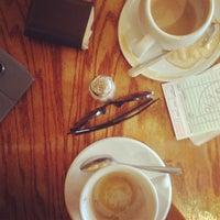 รูปภาพถ่ายที่ Le Petit Cafe โดย Kees P. เมื่อ 8/14/2013