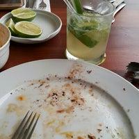 Das Foto wurde bei Río Restaurant MX von Godo Armando E. am 8/8/2015 aufgenommen