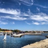 Foto scattata a Porto de Recreio de Oeiras da Jorge B. il 4/21/2013