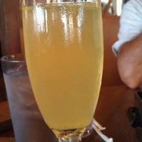 Снимок сделан в Mo's Restaurant пользователем Cheryl C. 8/11/2013