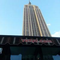 5/16/2013 tarihinde Matt M.ziyaretçi tarafından VU Bar NYC'de çekilen fotoğraf
