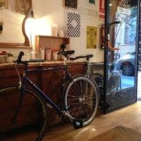 3/20/2013에 juan m.님이 Toma Café에서 찍은 사진