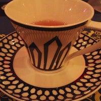 2/14/2013 tarihinde Svetlana 😘 C.ziyaretçi tarafından Shisha Lounge Habibi'de çekilen fotoğraf